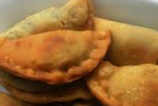 Μαλεβιζιώτικα μυζηθροπιτάκια
