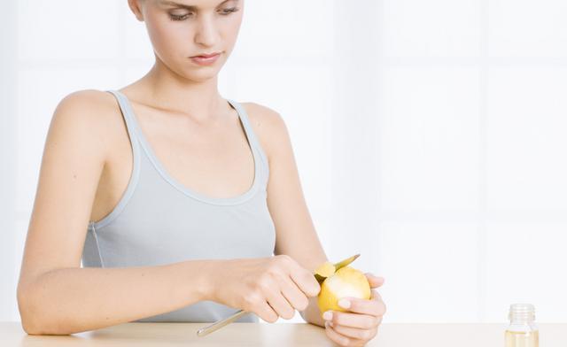 8 έξυπνες χρήσεις της φλούδας λεμονιού