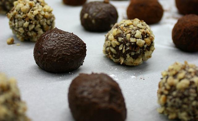 Τρουφάκια σοκολατένια αλά Pandespani