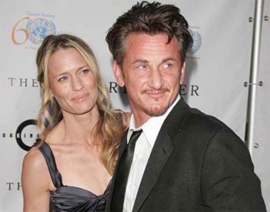 Ο Σον Πεν με τη δεύτερη πρώην σύζυγό του, Ρόμπιν Ράιτ.