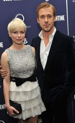 Η Μισέλ Γουίλιαμς και ο Ράιαν  Γκόσλινγκ πρωταγωνιστούν μαζί  στο  Blue Valentine  και σύμφωνα με τις φήμες είναι ήδη ζευγάρι!
