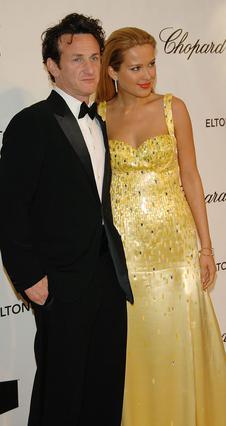 Η Πέτρα Νέμκοβα εμφανιζόταν  πολύ συχνά στο πλευρό  του Σον Πεν το 2008.