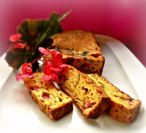 Κέικ λουλουδάτο με φιστίκια & θυμάρι αλά Pandespani