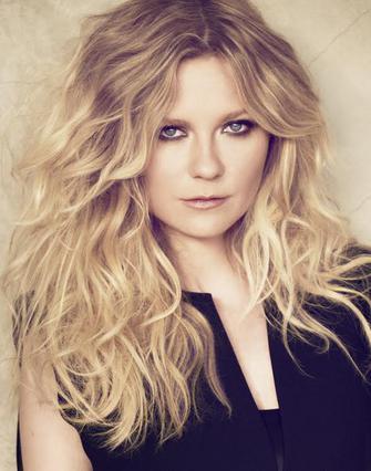 Η Kirsten Dunst είναι το νέο πρόσωπο της L'Oréal Professionnel
