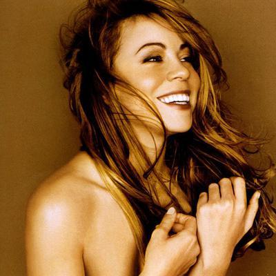<p>Η Μαράια Κάρεϊ (Mariah Carey) χώρισε από τον σύζυγό της και πατέρα των δίδυμων παιδιών της,<strong> Νικ Κάνον </strong>και οι σχέσεις τους δεν είνα οι καλύτερες. Πέρασε άσχημες μέρες, λένε, η 45χρο