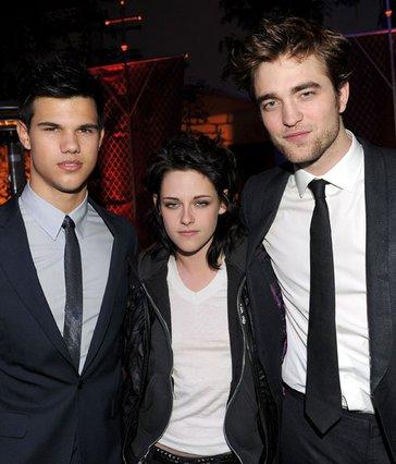 Τέιλορ Λάουτνερ, Κρίστεν Στιούαρτ,  Ρόμπερτ Πάτινσον. Το ερωτικό  τρίγωνο του  Twilight ,σε νέες  περιπέτειες από τις 30 Ιουνίου.