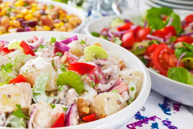 Οι πιο πρωτότυπες γιορτινές σαλάτες