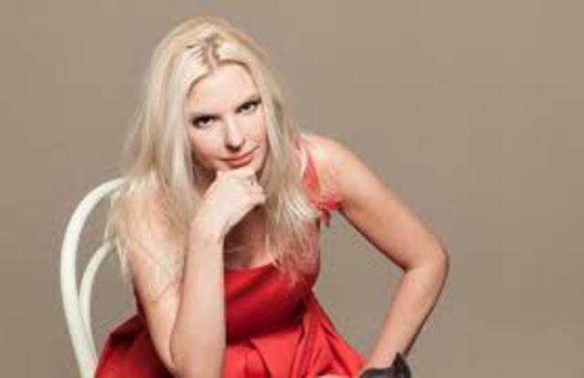 Η Πάνια πρωταγωνίστρια σε ροζ βίντεο