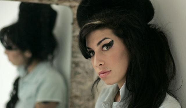 Amy Winehouse: Ποια διάσημη ηθοποιός θα την ενσαρκώσει στη μεγάλη οθόνη;