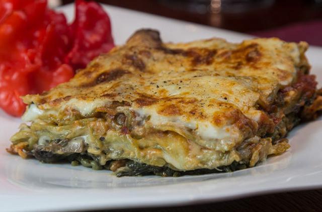 Λαζάνια vegetarian τρικολόρε αλά Pandespani