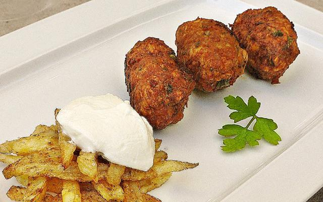Κυπριακοί κεφτέδες με πατάτα αλά Pandespani
