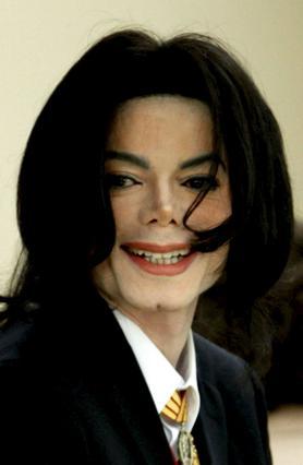 Όσο ζούσε ο Μάικλ Τζάκσον  είχε τα παιδιά του ουσιαστικά  σε απομόνωση. Τώρα, τα πράγματα  έχουν αλλάξει.