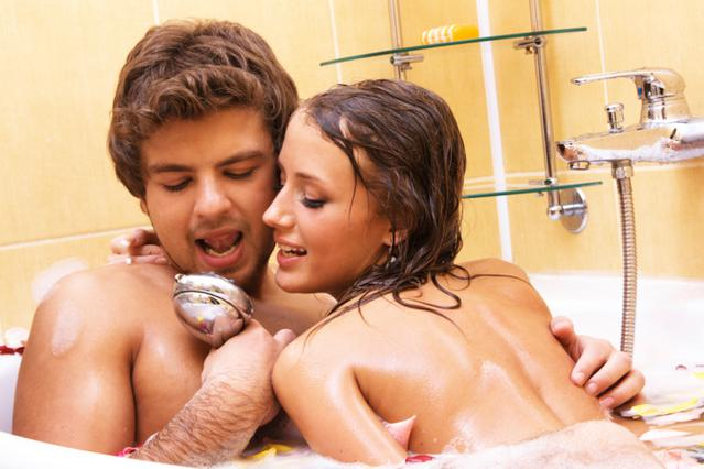 Δυο- δυο στην μπανιέρα δυο- δυο!