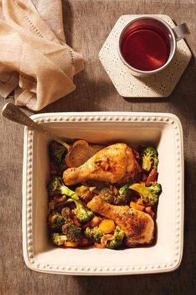 Κότα με μπρόκολο, καρότα και κάσιους