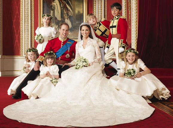 Πριγκιπική επέτειος γάμου σήμερα -Λες να έρθει ως δώρο το... μωρό;
