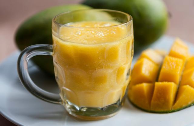 Μάνγκο Άρτ κοκτέιλ (Mango Art cocktail)