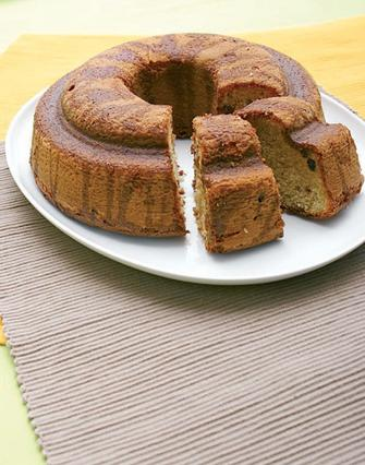 Κέικ με ρούμι και σταφίδες