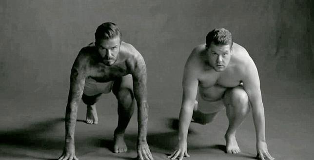 <p>Τον Ντέβιντ Μπέκαμ (David Beckham)<strong> τον έχουμε δει ξανά και ξανά μόνο με το μποξεράκι </strong>τόσο σε εντιτόριαλ περιοδικών, όσο και σε καμπάνιες για την προώθηση των εσωρούχων που σχεδιάζε