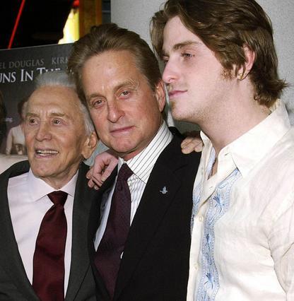 Κερκ, Μάικλ και Κάμερον Ντάγκλας.  Το βάρος του ονόματος αποδείχτηκε  πολύ μεγάλο για τον νεότερο της οικογένειας.