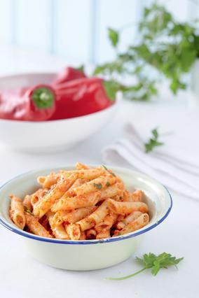 Πένες με Pesto από πιπεριές φλωρίνης