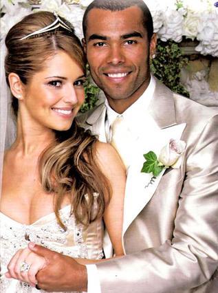 Η Σέριλ και ο Άσλεϊ Κόουλ την ημέρα του γάμου τους