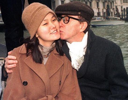 Ο Γούντι Άλεν με την Σουν-Γι στη Βενετία.