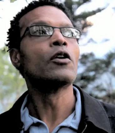 Ο 51χρονος κινηματογραφιστής από  την Αϊτή, Ρέτζιναλντ Σεβαλιέ  βγάζει στη φόρα  άπλυτα  της πρώην ερωμένης του, όπως  ισχυρίζεται, Όπρα Γουίνφρεϊ.