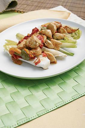 Σαλάτα με αντίβ και κοτόπουλο