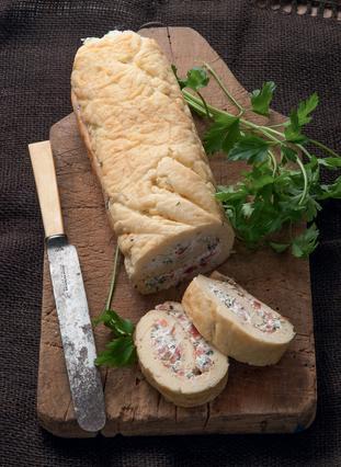 Ρολό τυριού με αρωματικά χόρτα