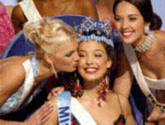 Τουρκάλα η  Μις Κόσμος 2002