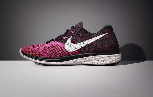Η Nike παρουσιάζει το FLYKNIT LUNAR 3