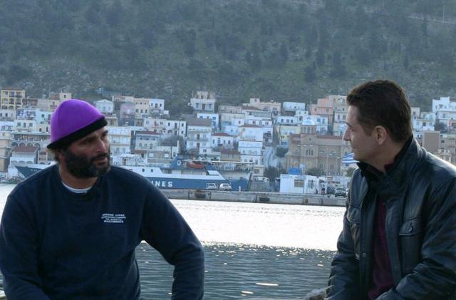 Αυτοψία  με τους ψαράδες γύρω από τα Ίμια