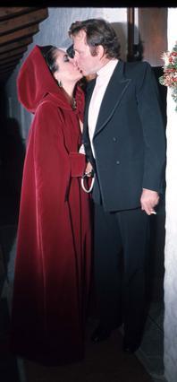 Ο πρώτος γάμος της Λιζ Τέιλορ με τον Ρίτσαρντ Μπάρτον ήταν  και ο μεγαλύτερος σε διάρκεια από τους οκτώ που έκανε στη ζωή της... Μέχρι σήμερα!