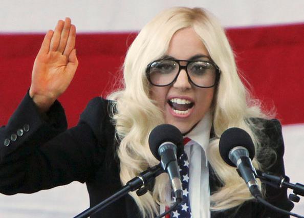 Στην έβδομη θέση της λίστας με τις πιο ισχυρές γυναίκες στον κόσμο φιγουράρει το όνομα της εκκεντρικής Lady Gaga