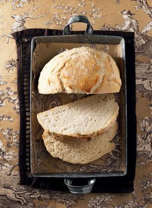 Παραδοσιακό ψωμί χωρίς ζύμωμα