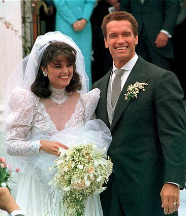 Ο Άρνολντ Σβαρτσενέγκερ και η Μαρία Σράιβερ την ημέρα του γάμου τους τον Απρίλιο του 1986.