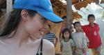 Η Αντζελίνα στην Ταϊλάνδη υπέρ αδυνάτων