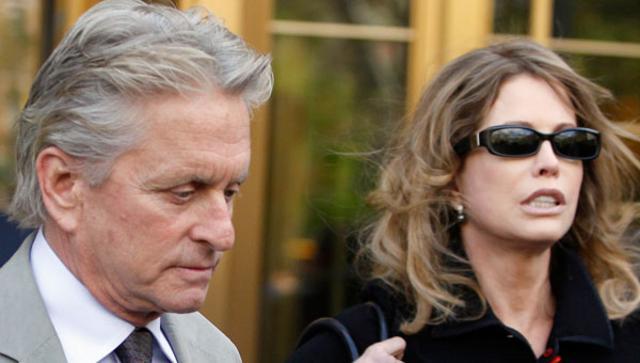 Νικητς βγήκε ο Μάικλ Ντάγκλας στη δικαστική μάχη με την πρώην γυναίκα του