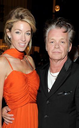 Ο Τζον Μέλενκαμπ, γνωστός και ως Τζον Κούγκαρ παλιότερα, χώρισε επίσημα από τη σύζυγό του,  Ελέιν, πολύ πρόσφατα.