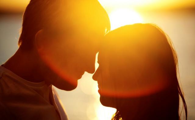 Μάθε ποιος είναι ο νέος «hot» έρωτας της πόλης