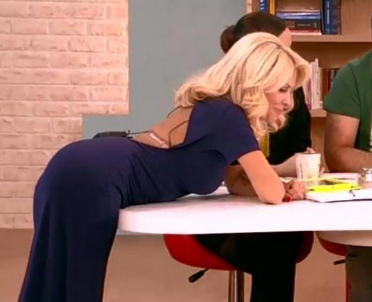 Η Ελένη μας ΤΟΝ τούρλωσε και μίλησε για σεξ