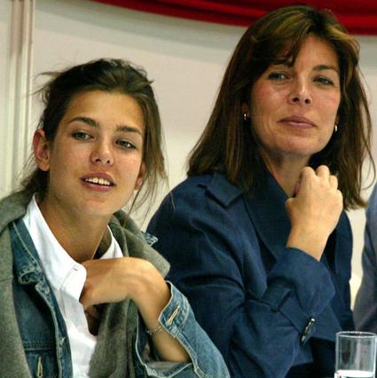 Η ομοιότητα της Σαρλότ με τη μαμά Καρολίνα είναι εντυπωσιακή.