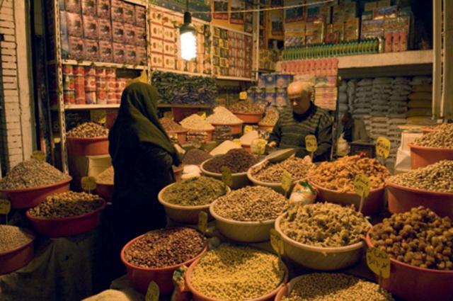Με μαγικό χαλί στην κουζίνα της Περσίας