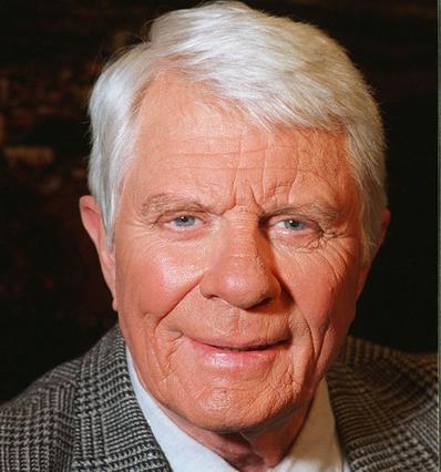 Στα 83 του χρόνια πέθανε ο Πίτερ Γκρέιβς