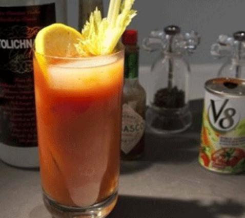 Μπλάντι Μέρι (Bloody Mary) αλά Pandespani