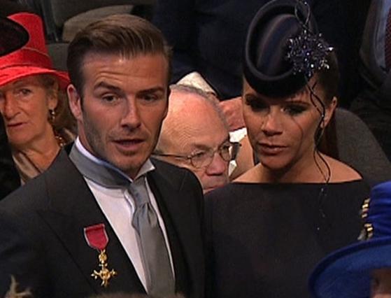 Τι το φοράς το μετάλειο, καλέ μου, αν δεν ξέρεις που μπαίνει;