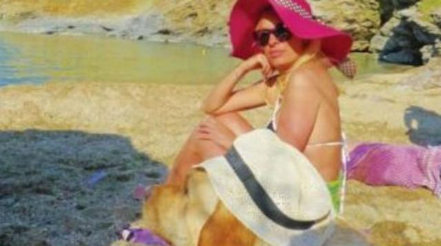 Ελένη: Πώς ο Alpha την  καθυστερεί  από τα Άχλα