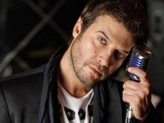 Λιβιεράτος: Κράζει την Αδάμ για το Erotica show