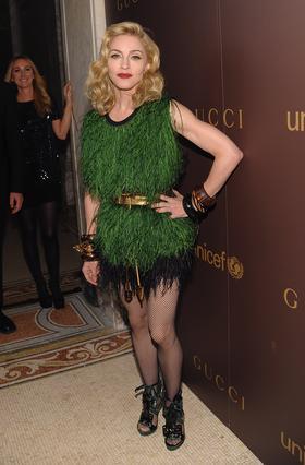 Η Μαντόνα στο φιλανθρωπικό δείπνο της Gucci για την Unicef, στις 19/11, στη Νέα Υόρκη.