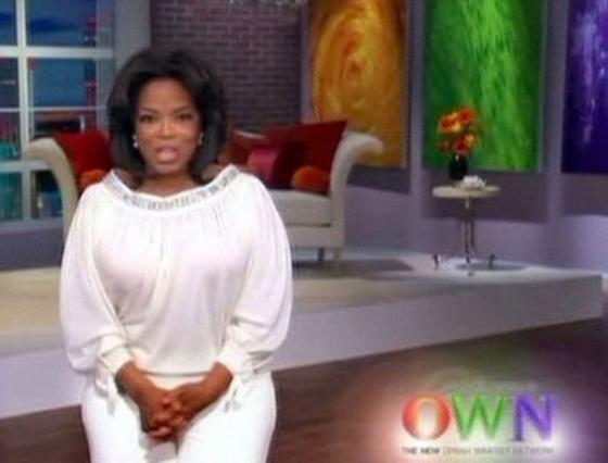 Η Όπρα περιχαρής στην πρεμιέρα  του OWN (Oprah Winfrey Network)της!
